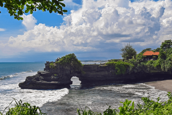 Travel History: Experience of Travel in Bali, Indonesia!